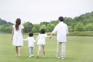 子供には無条件の親の愛情が必要